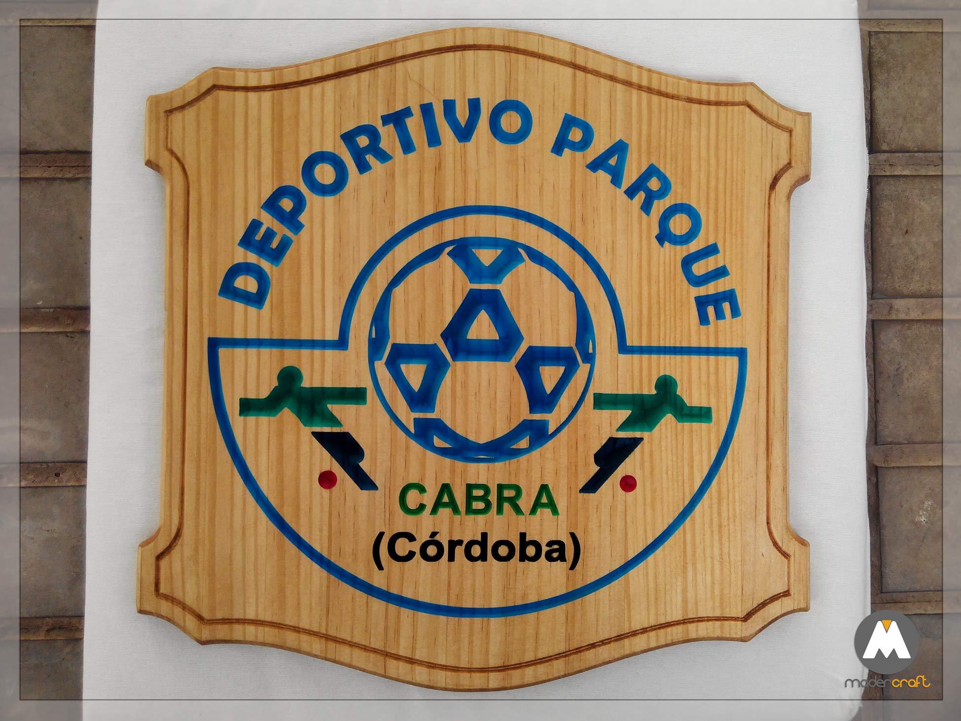 Placa Madera Deportiva Peña Cultural Egabrense. Cabra Córdoba Andalucía. Agradecimiento Homenaje Fútbol Balompié. Madera pino. placa para colgar. Balón escudo.