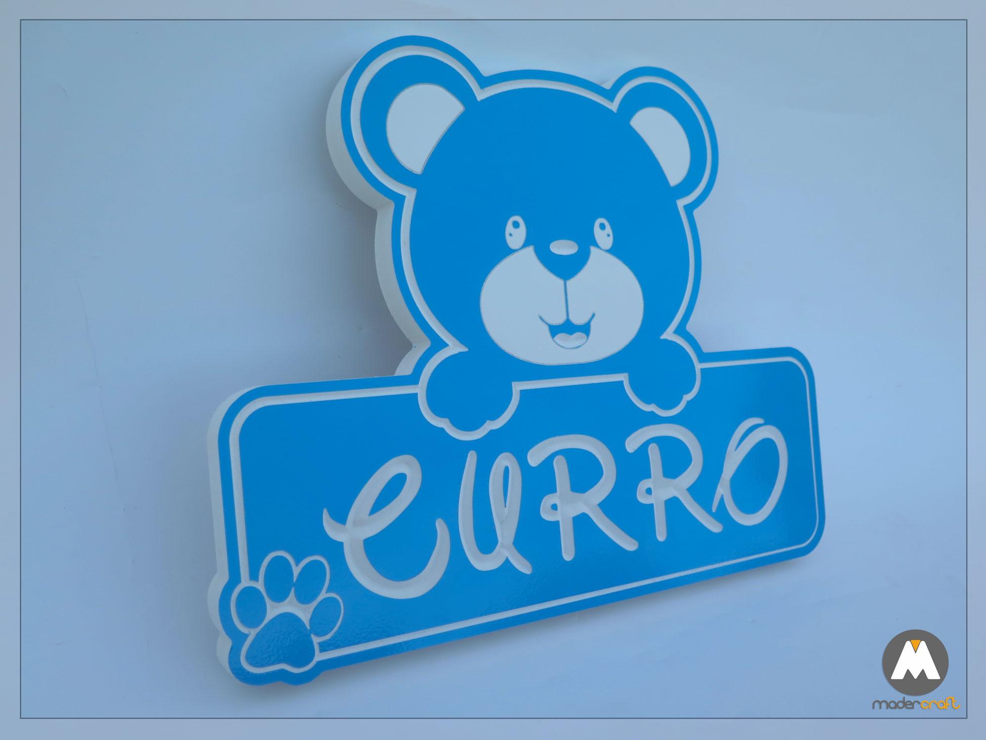 Placa PVC Nombre Infantil Curro, personalizada colores celeste vinilo tallada motivo osito letras disney oso